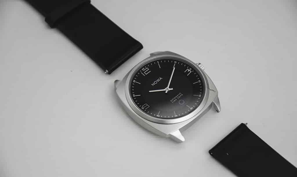 montre hybrid Nowa Paris